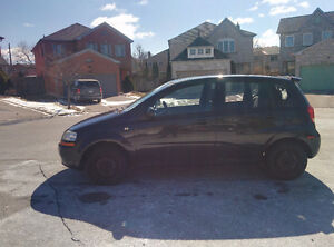 2005 Pontiac Wave Hatchback with Summer & Winter Tires