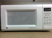 GE 1.1 Cu ft Full Size microwave