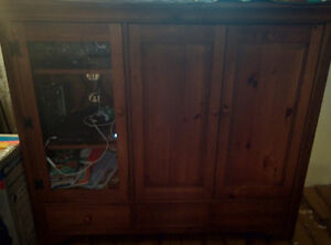Large Enclosed TV entertainment Center $200 if picked up ASAP!