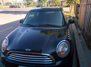 MiniCooper- low Mileage