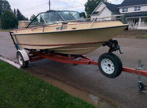18 FT MALIBU DEEP V IN BOARD MERCRUISER 470 W/170 HP.