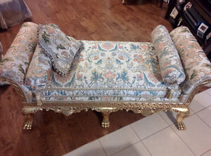 Antique-style Chaise Lounge