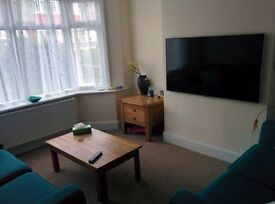 Furnished Double Room in Charminster available now for single occupant