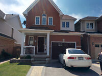 Beautiful Single Detached House in Willamsburg community WHITBY