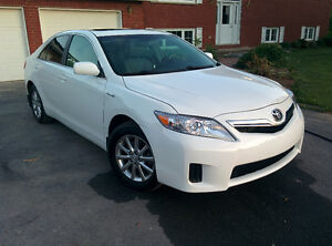 2010 Toyota Camry HYBRID, LEATHER, SUNROOF, 79200km