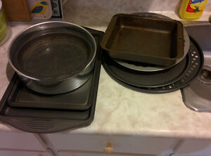 Baking & Oven pans, total 9, in excellent condition