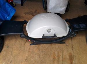 Weber Q2200 Portable Gas BBQ
