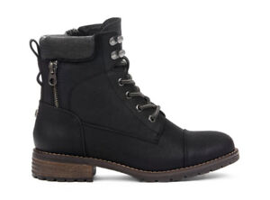 Woman's urban hiker lace-up boot Size 8