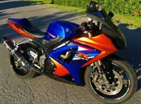2007 SUZUKI GSX R 1000  ULTRA CLEAN  MECANIQUE A1   4200$ FERME