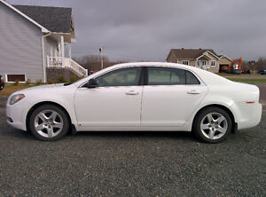 2009 Chevrolet Malibu Berline, 5000$ Négociable