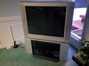 "37"" Sony Trinitron CRT TV with stand"