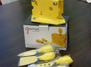 STARFRIT GOURMET 4 COUTEAUX FROMAGE  ET BOITIER