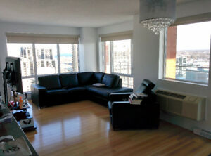 Corner unit 2bds / 23th / Blu Rivage- Garage / Metro Longueuil