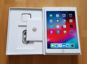 iPad Air 2 White/Gold 64GB Wifi Only, Great Condition in Box.