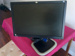 "22"" ergonomic HP monitor"