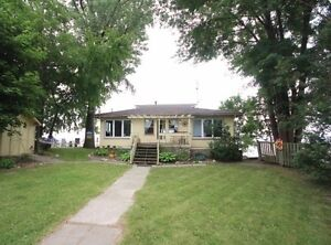 Lakefront Cottage near Point Peele for rent London Ontario image 10