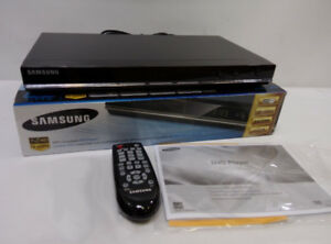HD Upconverting DVD player with HDMI cable