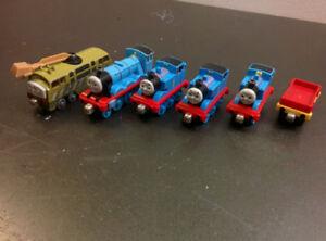 Trains Thomas (métal et aimants)