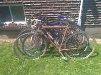5 used bikes(sold as lot)-5 byciclettes usages a vendre (en lot)