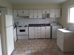 $335 nice room for rent available now in Lachine