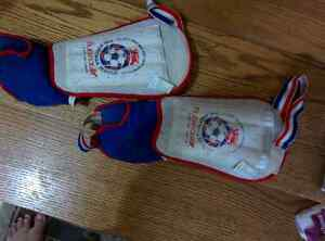 Football knee guards