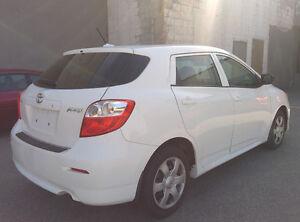 2010 Toyota Matrix Hatchback - Auto ~ CERTIFIED & E-TESTED Oakville / Halton Region Toronto (GTA) image 3