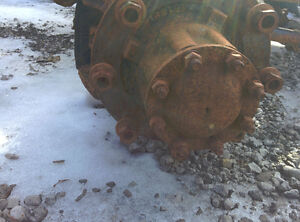 SPICER SINGLE REAR DIFFERENTIAL