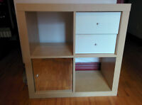 Moving sale! IKEA Expedit bookcase/shelf/étagère with 2 inserts