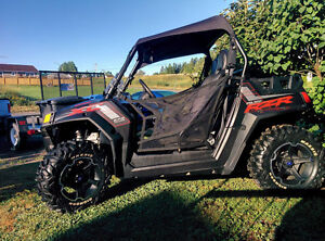2014 Polaris side by side with trailer