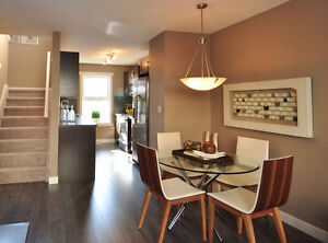 Nearly Brand New 2 BR 2 Bath Townhouse in Leduc with A/C