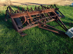 Used International Cultivator