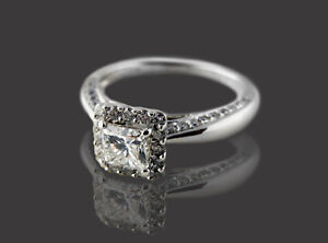 New 1.14 CT(tw) Solitary Diamond 14 KT White Gold Engagement Rin