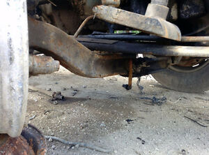 VOLVO 12000 LB FRONT AXLE ASSEMBLY