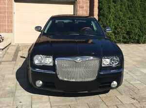2005 Chrysler 300C HEMI 5,7L V8 AEM Cold Air Intake