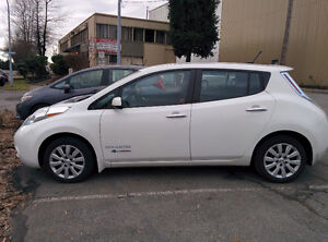 2013 Nissan Leaf S w/ Quick Charge + Backup Camera