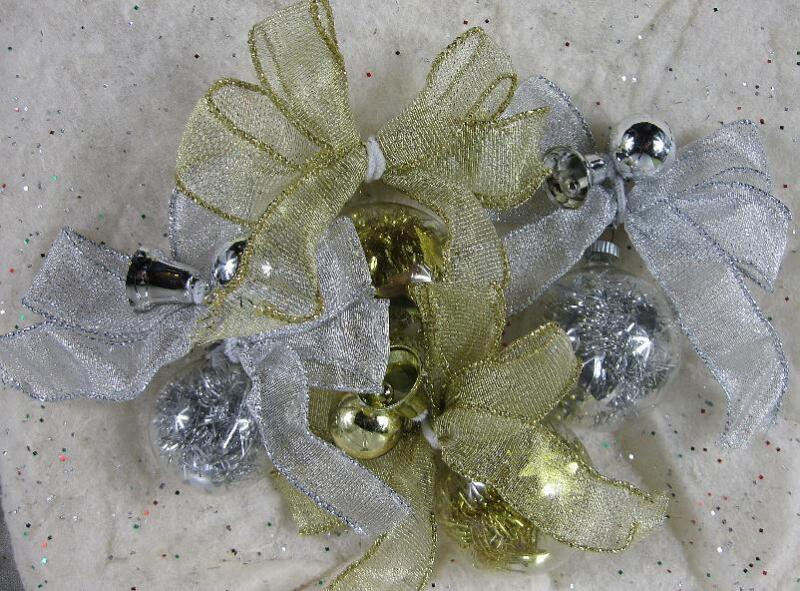 Lot of 4 Vintage Tensile Filled Ornaments~Silver & Gold
