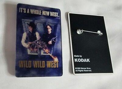 "1998 WIZARD OF OZ 2.5/"" Kodak LENTICULAR 3D movie theater 60th promo pin back"