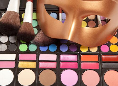 Die wichtigsten Punkte zum Kauf von Schminke und Bühnen-Make-up zu Verkleidungen