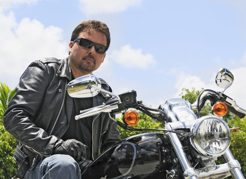 How to Choose Between a Textile or Leather Motorcycle Jacket