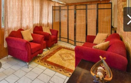Beautiful, comfortable and Australian made lounge suite  Englorie Park Campbelltown Area Preview