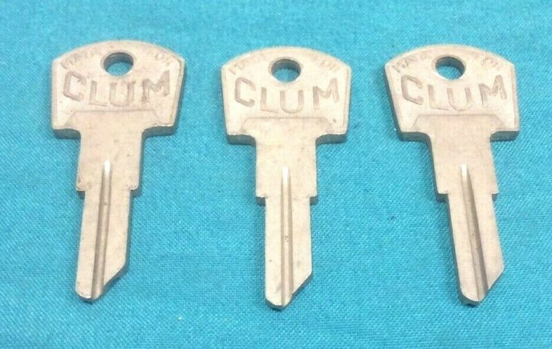 Clum / Yale junior Brand antique key blanks, set of 3, locksmith, rare