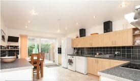 3 bedroom house in Daubeney Road, Hackney, E5 (unfurnished or furnished)