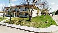 Crowchild Court - 2 Bedroom Suite Available - Wetaskiwin