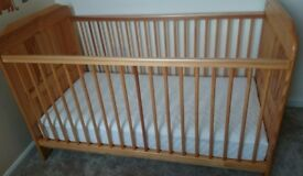 Junior bed