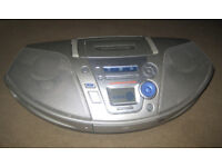 PANASONIC CD RADIO CASSETTE - GHETTO BLASTER