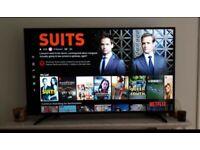 "Hisense Smart TV 55"""