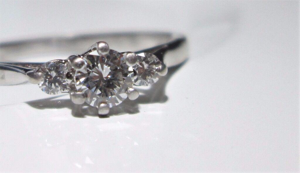 18ct White Gold Trinity Trilogy Diamond Engagement Ring Size Q