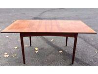 Vintage Danish extending teak table. Delivery. Modern / Midcentury.