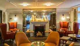 Waiter/Waitress at the 5* Marriott Hotel Park Lane Executive Lounge