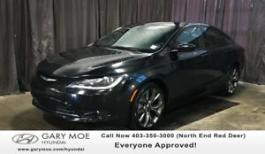 2016 Chrysler 200 S W/ SUNROOF, HEATED/COOL SEATS, BACK UP CAMER